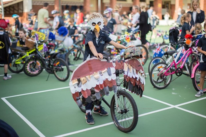 2016-jolimont-ps-bike-dress-up2.jpg