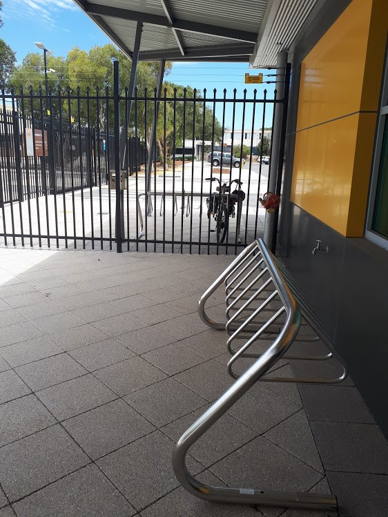 \\cockburn.wa.gov.au\userdata\Home\jwoolmer\My Documents\My Pictures\bike parking op centre Dec 2017 2.jpg