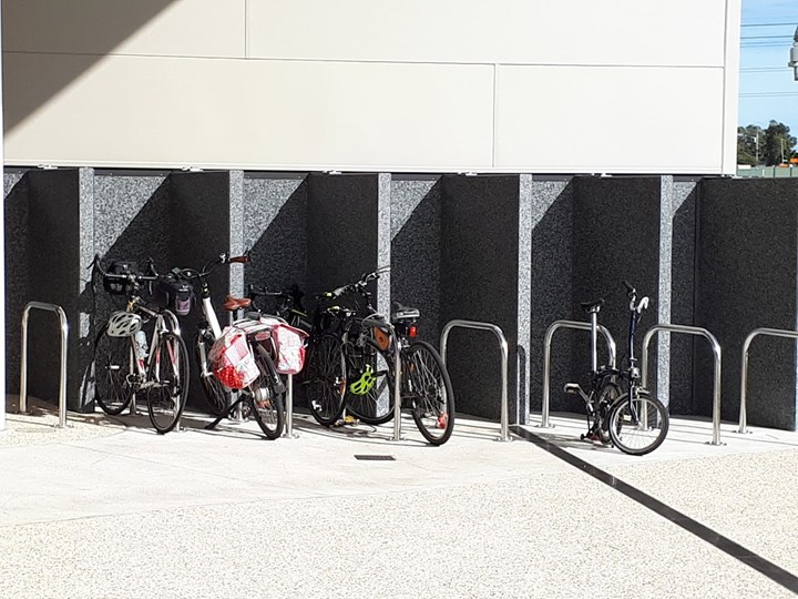 \\cockburn.wa.gov.au\userdata\Home\jwoolmer\My Documents\My Pictures\Cockburn ARC bike parking.jpg
