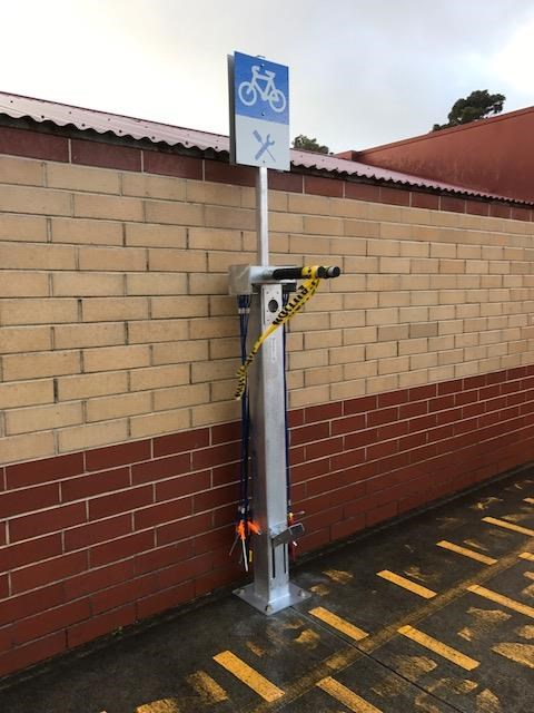 bike repair station.JPG