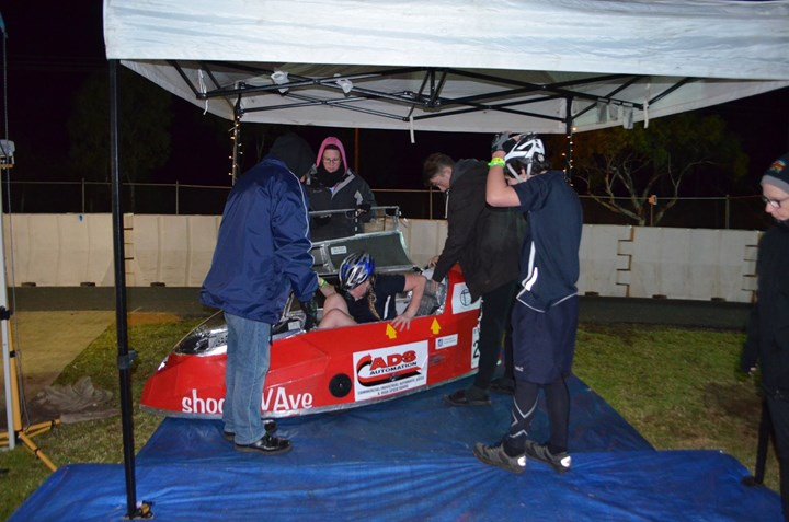 Pedal Prix - Murray Bridge Night Rider Change.JPG